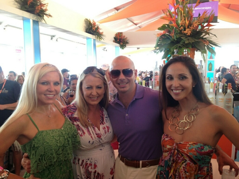 Nicole Scannell and Pitbull